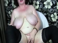 Busty Mature Fingering Masturbation On Webcam